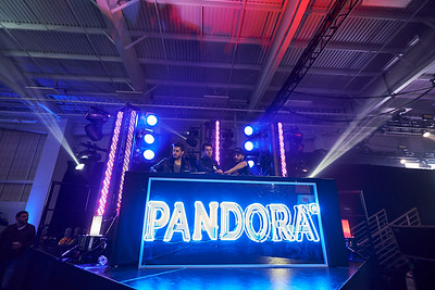 2015 Pandora Holiday Concert