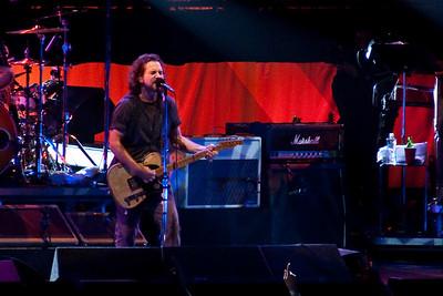 Pearl Jam Spectrum 10-30-09 256