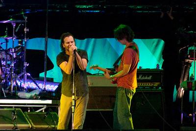 Pearl Jam Spectrum 10-30-09 499