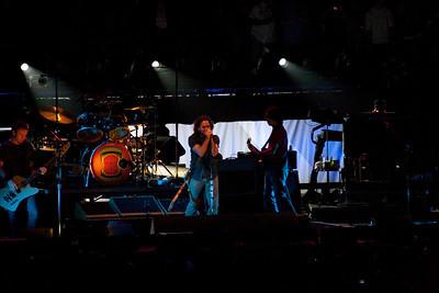 Pearl Jam Spectrum 10-30-09 040