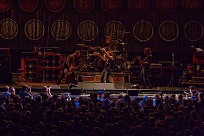 Pearl Jam Newark 05-18-2010 132