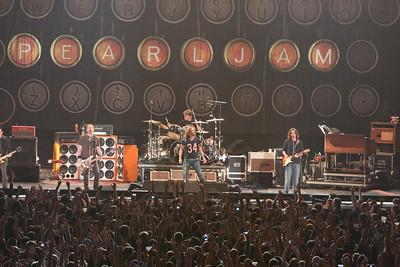 Pearl Jam Newark 05-18-2010 139