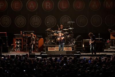 Pearl Jam Newark 05-18-2010 115
