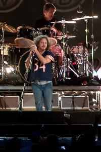 Pearl Jam Newark 05-18-2010 135