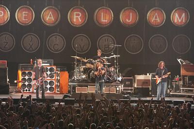 Pearl Jam Newark 05-18-2010 142