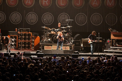 Pearl Jam Newark 05-18-2010 122