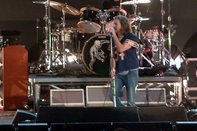 Pearl Jam Newark 05-18-2010 137