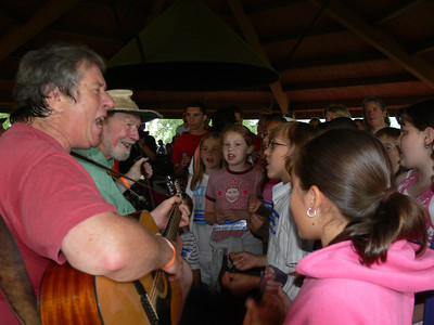 Danny Einbender, Pete Seeger and the Rivertown Kids