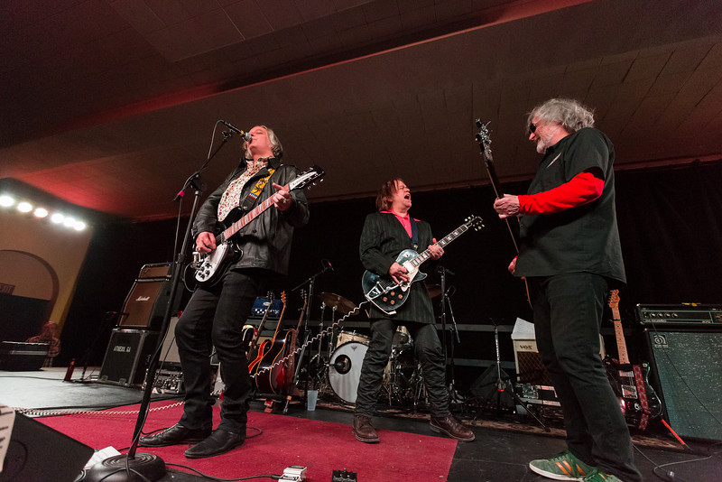 Peter Buck, Kurt Bloch, Scott McCaughey