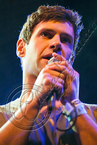 LOS ANGELES, CA - NOVEMBER 15:  Actor Justin Bartha performs at Pettyfest at El Rey Theatre on November 15, 2012 in Los Angeles, California.  (Photo by Chelsea Lauren/WireImage)