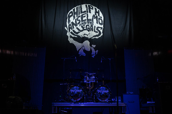 Phil Anselmo & The Illegals 002
