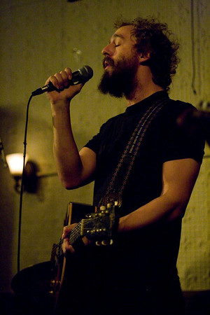 Phosphorescent - Sound Fix Records, NYC - December 13th, 2007 - Pic 5