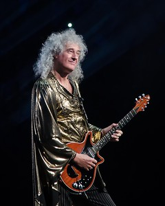 BRIAN MAY OF QUEEN IN PHILADELHIA-NATIONAL ROCK REVIEW