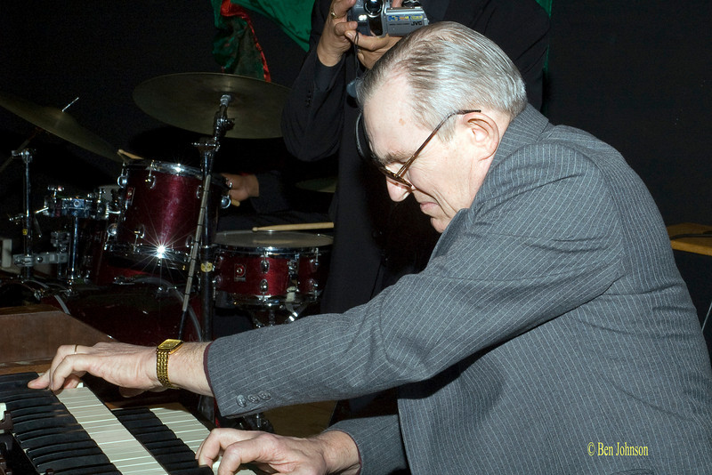Gene Ludwig Photo - Peforming at A Jam For Jimmy Smith at The Clef Club in Philadelphia 2005