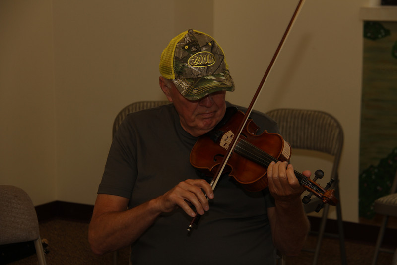 Picking in the Heartland May 24, 2012