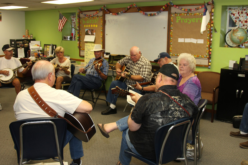 Picking in the Heartland 8 24 2102 held at Plaza Heights Baptist Church in Blue Springs.