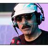 """Mardi 17 juillet 2012, Paléo Festival: Omar Souleyman en interview dans """"Paradiso""""."""
