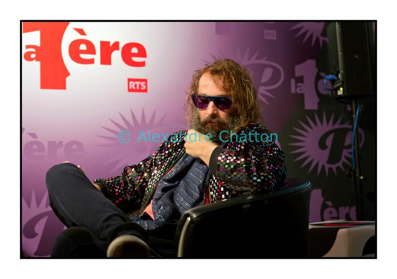 """Mardi 3 juillet 2012, Montreux Jazz Festival:  Sébastien Tellier en interview dans """"Paradiso""""."""