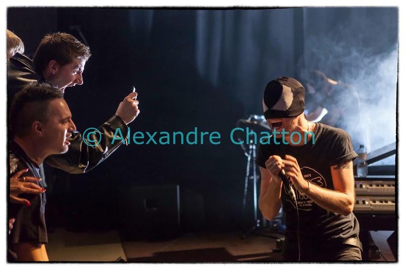 Vendredi 15 novembre 2013: les Italiens de The Bloody Beetroots sont en concert en direct sur Couleur 3 en public au Studio 15 de la RTS à Lausanne.