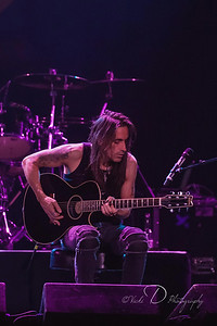 Nunno Bettencourt of Extreme