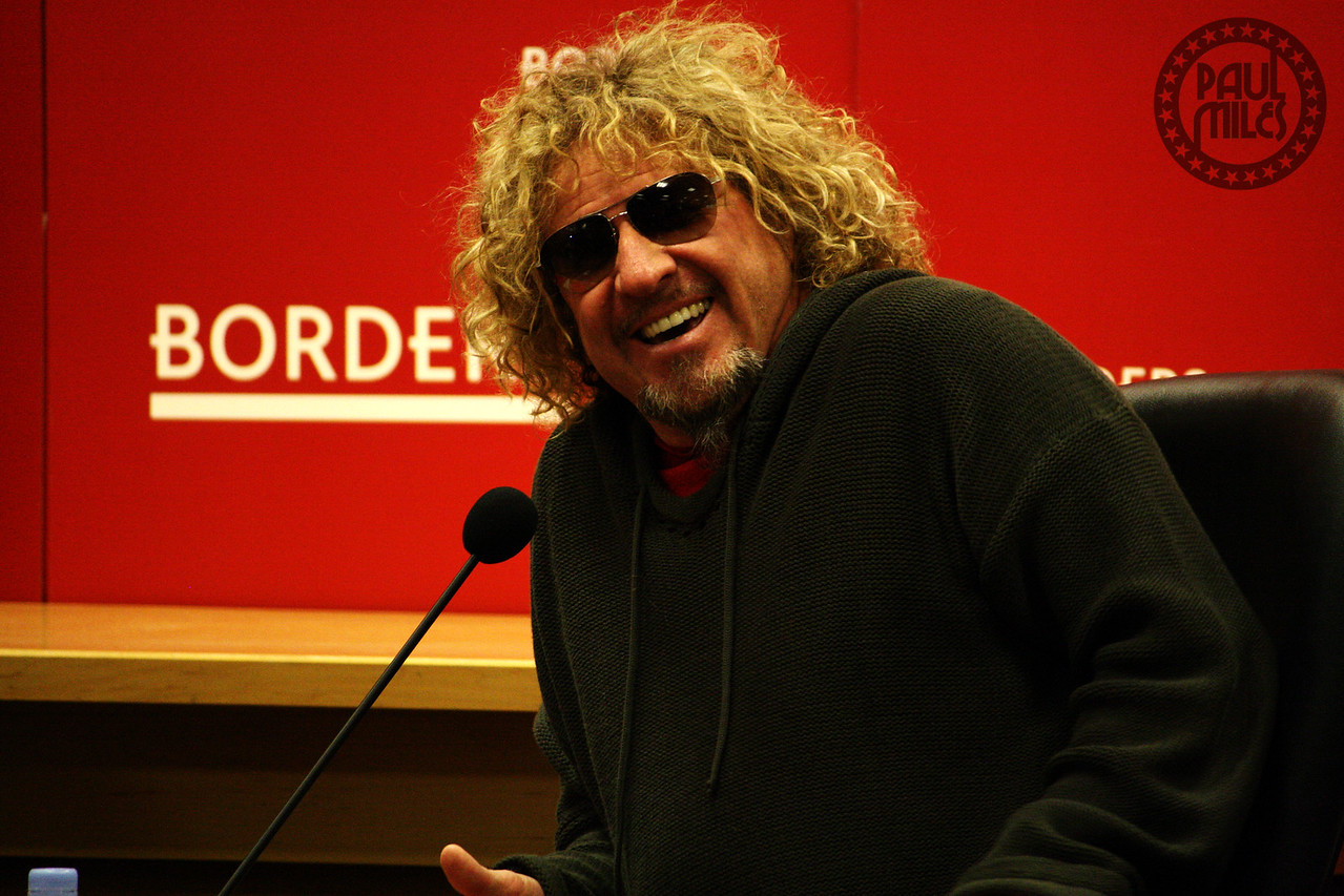 RED ROCKER: Former Van Halen singer Sammy Hagar in-store at Borders NYC as he releases his autobiography.
