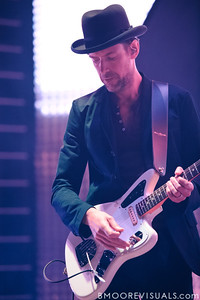 Ed O'Brien of Radiohead performs on February 29, 2012 at Tampa Bay Times Forum in Tampa, Florida