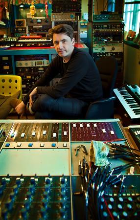 Bernard Butler - record producer - at Edwyn Collins recording studio London PUBLISHED:  Resolution Magazine (Cover), UK Watch Bernard Butler's video interview:  http://www.recordproduction.com/bernard-butler.html