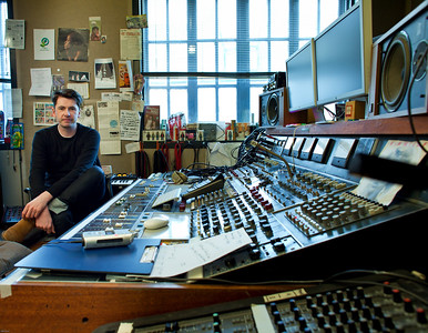 Bernard Butler - record producer - at Edwyn Collins recording studio London Watch Bernard Butler's video interview:  http://www.recordproduction.com/bernard-butler.html