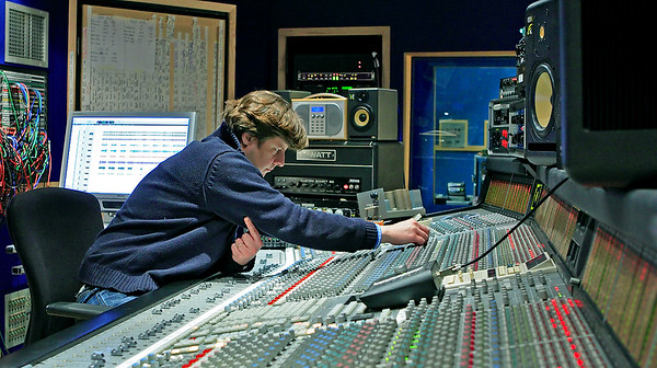 Cenzo Townshend at Olympic Studios behind the SSL mixing desk - www.recordproduction.com