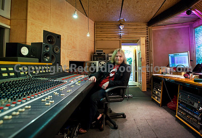 Leading record producer Dave Eringa at Bryn Derwen recording studios, Wales, UK PUBLISHED:  Resolution Magazine, UK  --  Watch our VIDEO interview with Dave Eringa:  http://www.recordproduction.com/dave-eringa.html