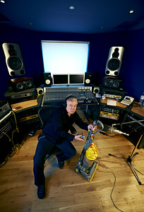Producer Mike Bennett PUBLISHED:  Resolution Magazine, UK   -  Watch Mike Bennett's video interviews here:  http://www.recordproduction.com/mike-bennett.html