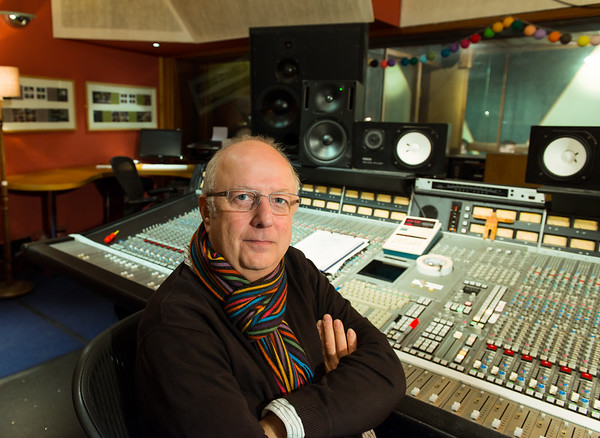 Roger Bechirian