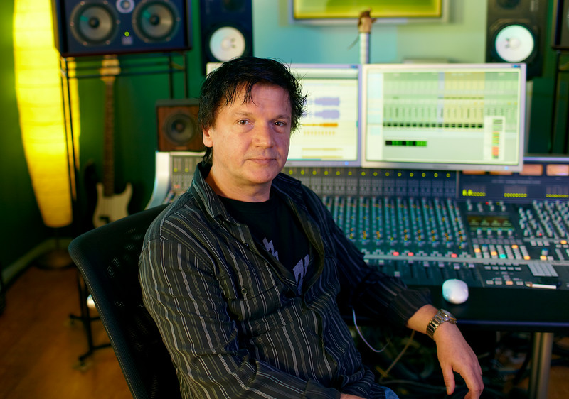 "Top mix engineer and producer Simon Gogerly at Hub II Studios, UK. -  Watch our video interviews with Simon Gogerly here:  <a href=""http://www.recordproduction.com/simon-gogerly-music-producer.html"">http://www.recordproduction.com/simon-gogerly-music-producer.html</a>"