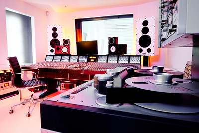 stephen-watkins-tape-studioDSC_3776