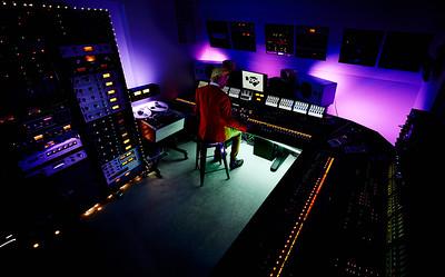 stephen-watkins-tape-studioDSC_4073