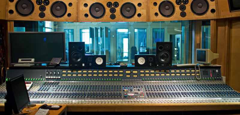 Classic Neve mixing console at Air Studios, London.   Find out more about Air Studios: http://www.recordproduction.com/AIR.HTM