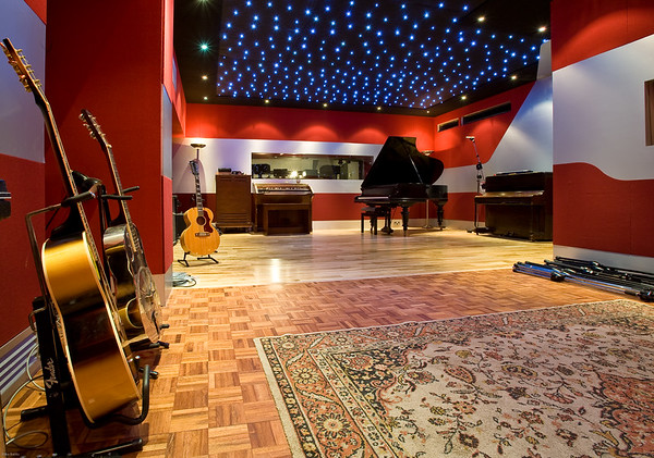 Dean Street Studios, formerly Tony Visconti's Good Earth Studios, London, UK.  Fabulous new studio in the middle of Soho with superb live room which is ideal for bands and features a new SSL AWS 900+.  See all of the record producer and recording studio features on www.RecordProduction.com