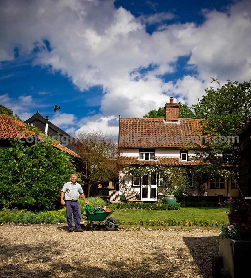 Leeders Farm Recording Studios - Fantastic residential music studio in the UK.