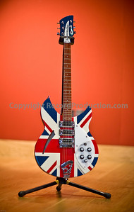 One of over 40 guitars available for musicians to use at Modern World Studios, UK.  This is a superb Rickenbacker guitar!  More information and video tours of Modern World Studios are on  http://www.RecordProduction.com