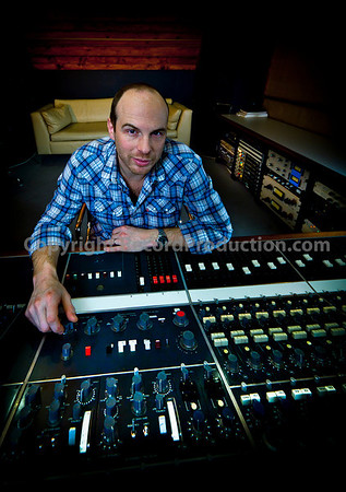 Watch our video with Chris at Vale Studios: http://www.recordproduction.com/record-producer-features/vale-studios-chris-dadda.html
