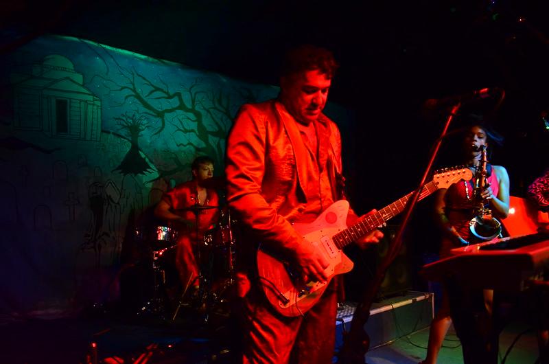 Red Elvises - Skippers - 11-02-13 222