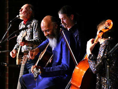Pete Seeger, Walter Parks, Richie Havens and Stephanie Winters..