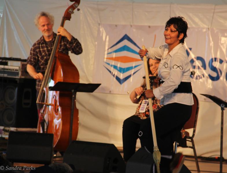 Patti Kusturok (Métis fiddle and dance)
