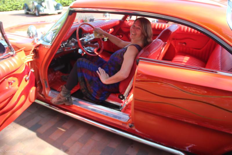 Antique cars rock!