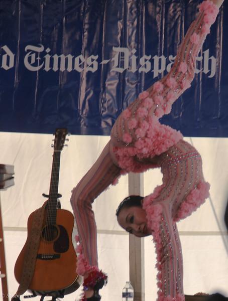 Mongolian contortionist , Viginia dance traditions