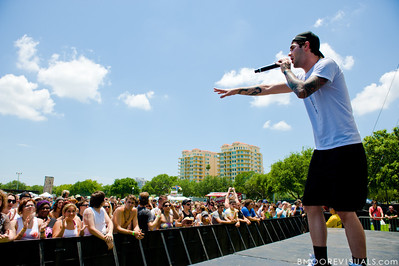 Richy Nix performs on May 29, 2010 at 97X Next Big Thing at Vinoy Park in St. Petersburg, Florida