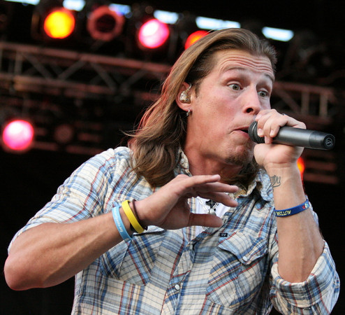 Jason Michael Carroll at Provident Bank Park