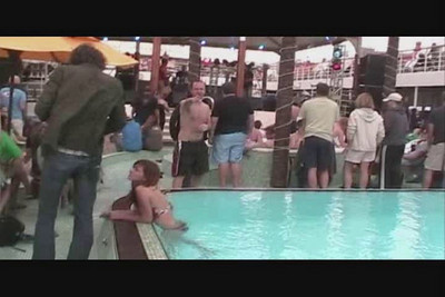 VIDEO - Rick's belly flop!  What a Rumpus!
