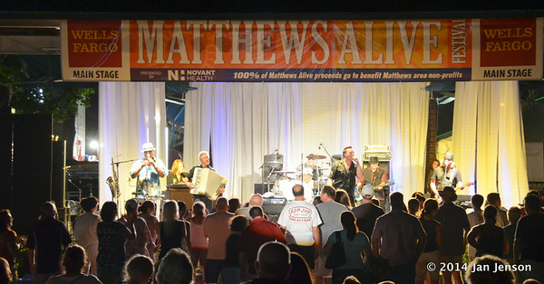 Bruce in the USA at the 2014 Matthews Alive! Festival