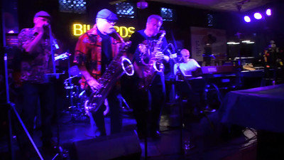 VIDEO:  Dilworth Billiards final jam - 4-23-15  - the saxy guys Charlotte, NC